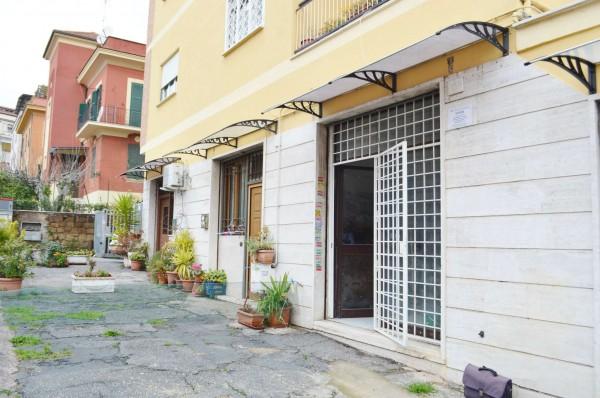 Locale Commerciale  in vendita a Roma, 50 mq - Foto 8