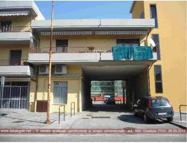 Appartamento in vendita a Montemurlo, Mazzone, 136 mq