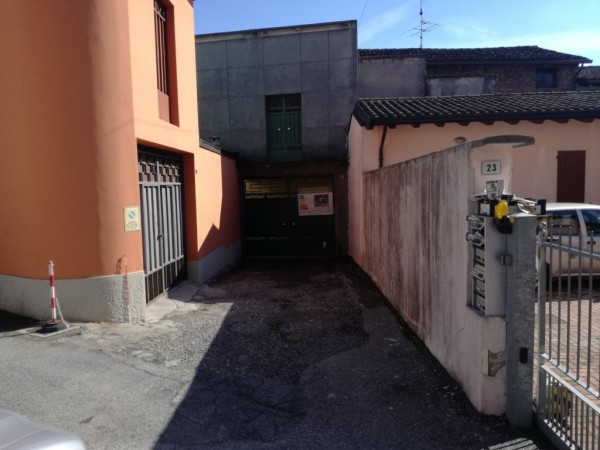 Casa indipendente in vendita a Carpenedolo, Centro Storico, Con giardino, 180 mq