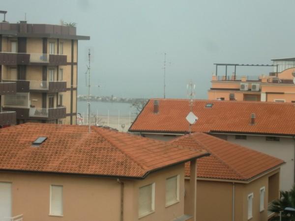 Appartamento in vendita a Rimini, Rimin Nord Viserbella-torre Pedrera, 65 mq