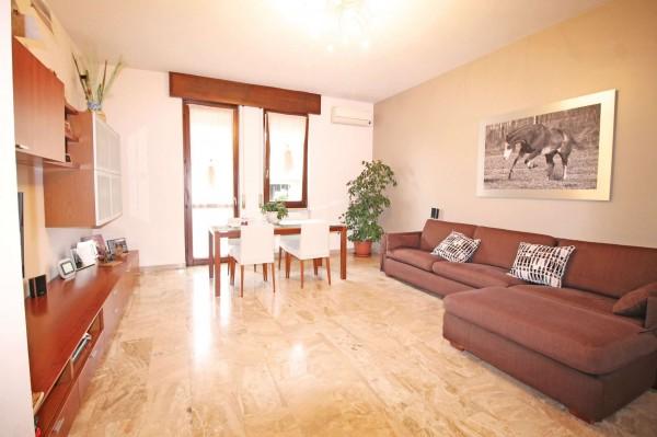 Appartamento in vendita a Cassano d'Adda, Mercato, Con giardino, 118 mq