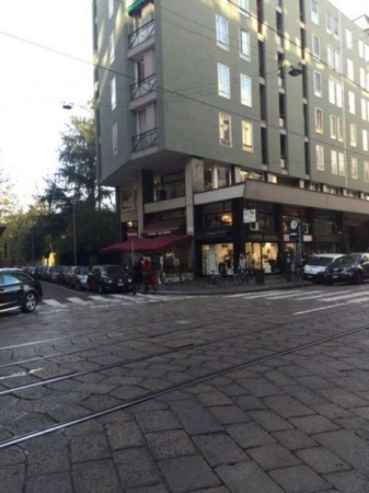 Locale Commerciale  in vendita a Milano, Turati, 200 mq - Foto 6