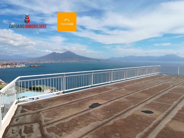Appartamento in vendita a Napoli, 370 mq