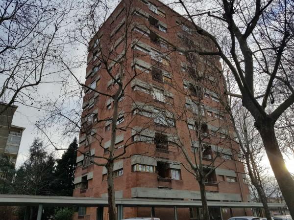 Appartamento in vendita a Torino, Con giardino, 68 mq