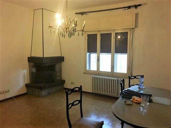 Casa indipendente in vendita a Forlì, Villanova, Con giardino, 220 mq