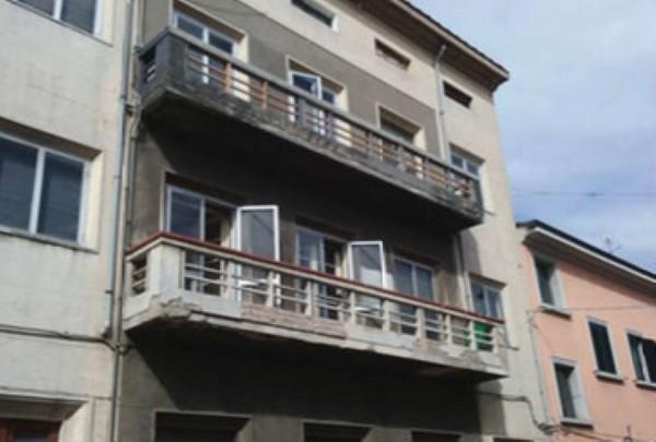Appartamento in vendita a Prato, Centro, 139 mq