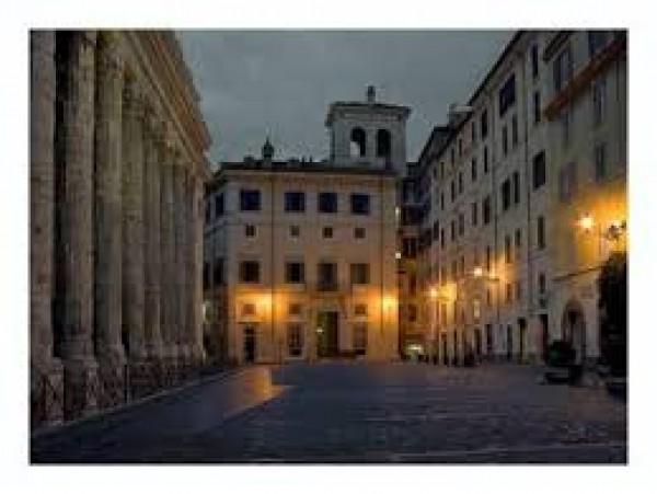 Appartamento in vendita a Roma, Rione Colonna, 130 mq