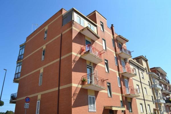 Appartamento in vendita a Roma, Ottavia, 71 mq