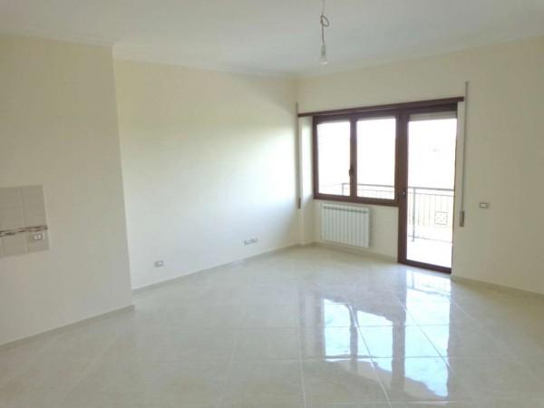 Appartamento in vendita a Roma, Casal Del Marmo, 55 mq