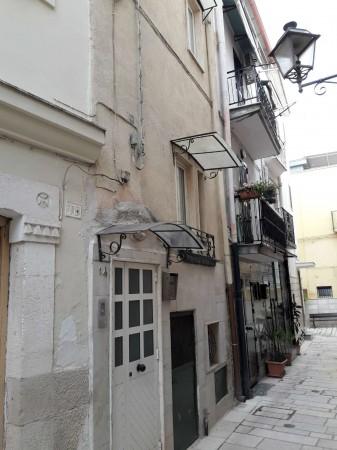 Casa indipendente in vendita a Triggiano, Centro Storico, 60 mq