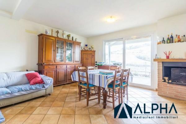 Casa indipendente in vendita a Bertinoro, Con giardino, 155 mq