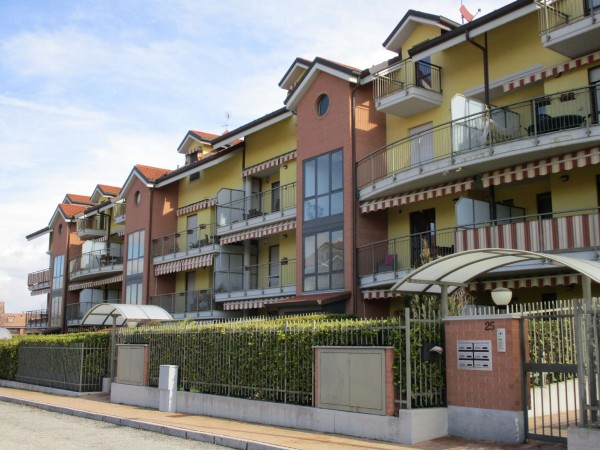 Appartamento in affitto a La Loggia, Pressi Viale A. Maina, Con giardino, 70 mq - Foto 2