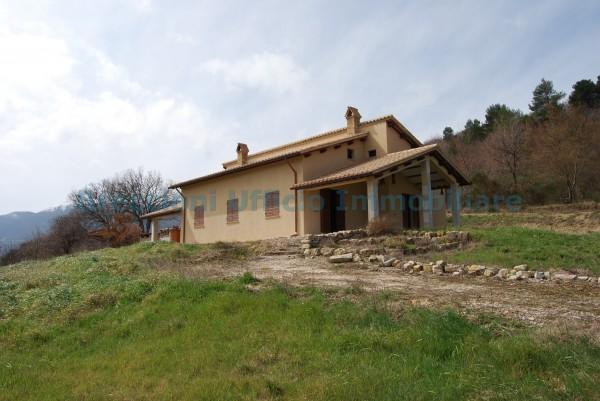 Rustico/Casale in vendita a Giano dell'Umbria, Frazione, Con giardino, 100 mq
