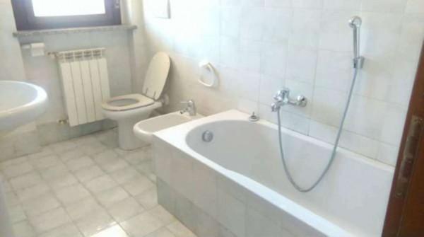 Appartamento in affitto a Corbetta, Centrale, Con giardino, 100 mq - Foto 3