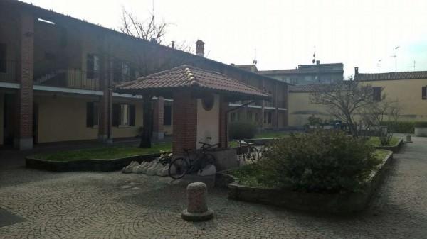 Appartamento in affitto a Corbetta, Centrale, Con giardino, 100 mq - Foto 2