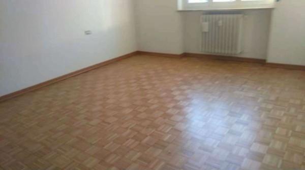 Appartamento in affitto a Corbetta, Centrale, Con giardino, 100 mq - Foto 4