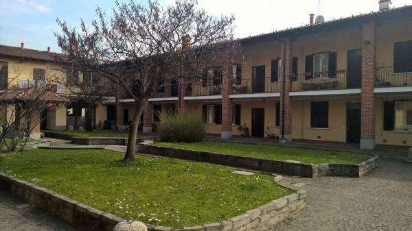 Appartamento in affitto a Corbetta, Centrale, Con giardino, 100 mq - Foto 1