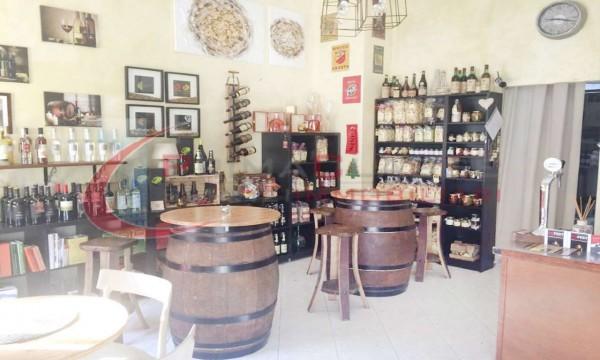 Locale Commerciale  in vendita a Milano, Niguarda, Arredato, 60 mq - Foto 2