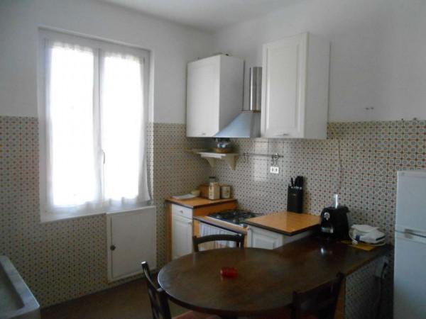 Appartamento in affitto a Genova, Adiacenze Monoblocco, Arredato, 63 mq