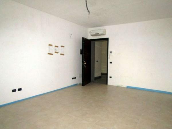 Appartamento in vendita a Peschiera Borromeo, San Bovio, Con giardino, 51 mq