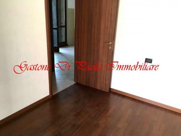 Appartamento in vendita a Cesate, Stazione, Con giardino, 62 mq
