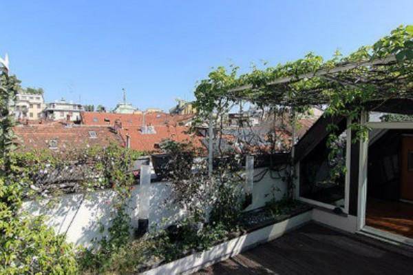 Appartamento in affitto a Milano, Monforte, Con giardino, 240 mq