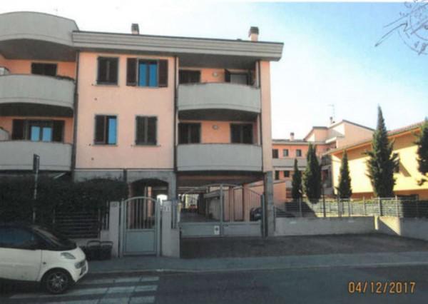Appartamento in vendita a Campi Bisenzio, Esselunga, 64 mq