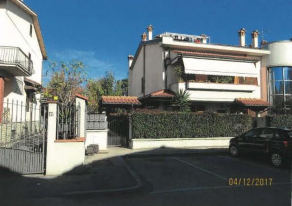 Appartamento in vendita a Prato, Con giardino, 81 mq - Foto 1