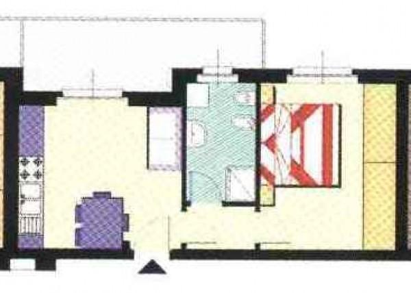 Appartamento in vendita a Imperia, 53 mq