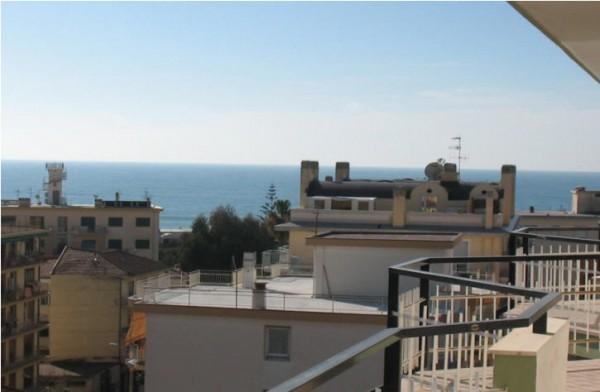 Appartamento in vendita a Taggia, 65 mq