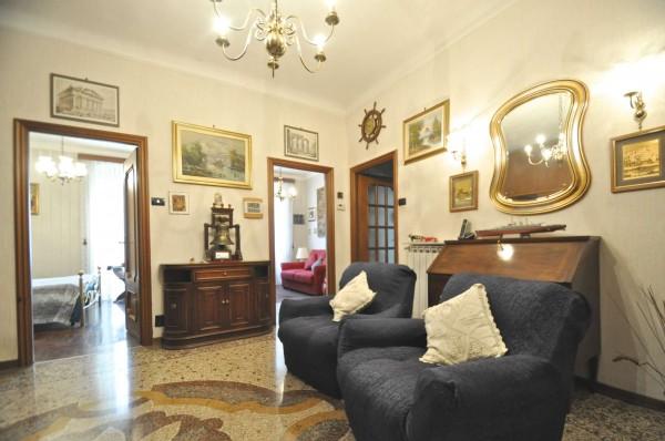 Appartamento in affitto a Genova, Centro, Arredato, 90 mq