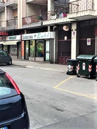 Negozio in vendita a Torino, 61 mq - Foto 2