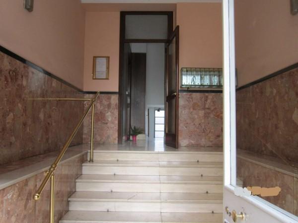 Appartamento in vendita a Nichelino, Centro, 60 mq