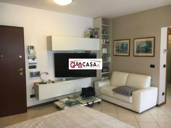 Appartamento in vendita a Seregno, Arredato, 50 mq