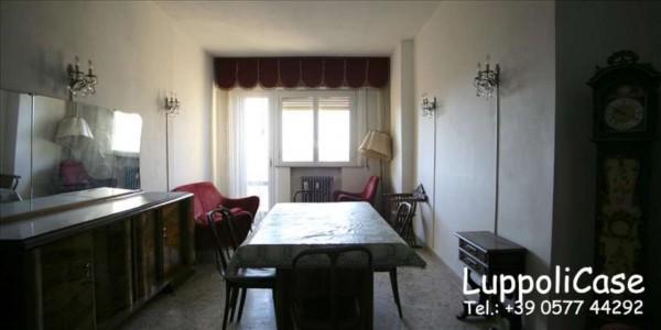 Appartamento in vendita a Siena, 110 mq