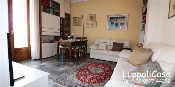 Appartamento in vendita a Siena, 86 mq