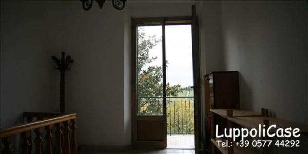 Appartamento in vendita a Siena, Con giardino, 120 mq