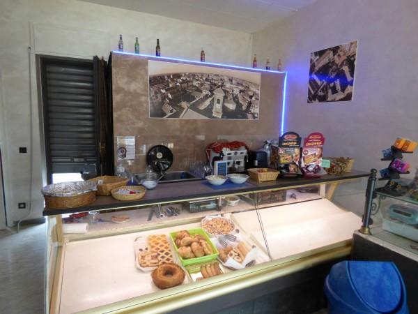 Locale Commerciale  in vendita a Borgaro Torinese, Centro, Arredato, 40 mq - Foto 4