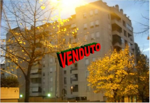 Appartamento in vendita a Roma, Con giardino, 80 mq