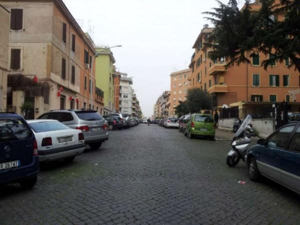 Negozio in vendita a Roma, Appio Latino, 37 mq