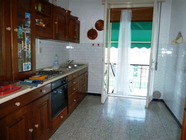 Appartamento in vendita a Imperia, 85 mq - Foto 3