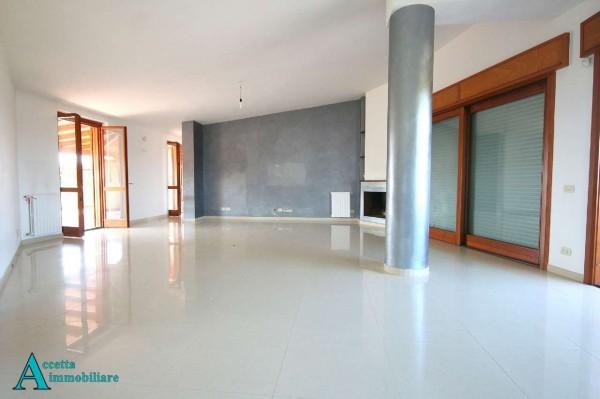 Appartamento in vendita a Taranto, Residenziale, 125 mq