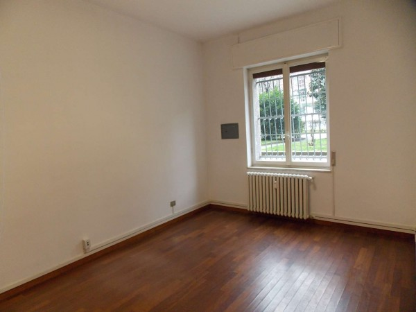 Ufficio in vendita a Milano, Torretta, 45 mq