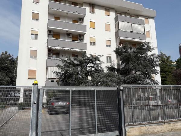 Appartamento in vendita a Triggiano, 167, Con giardino, 100 mq
