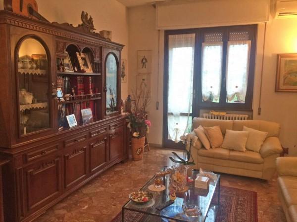 Appartamento in vendita a Sesto Fiorentino, Con giardino, 85 mq