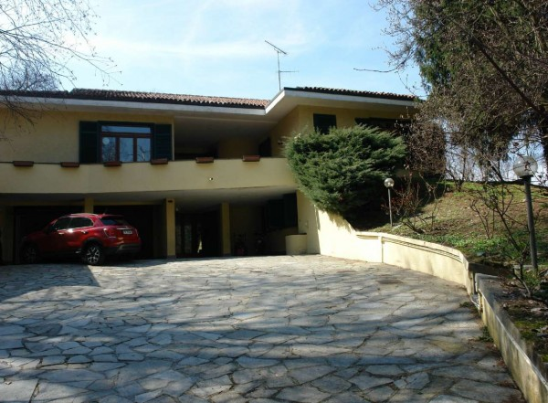 Villa in vendita a Torino, Collinare, Con giardino, 400 mq