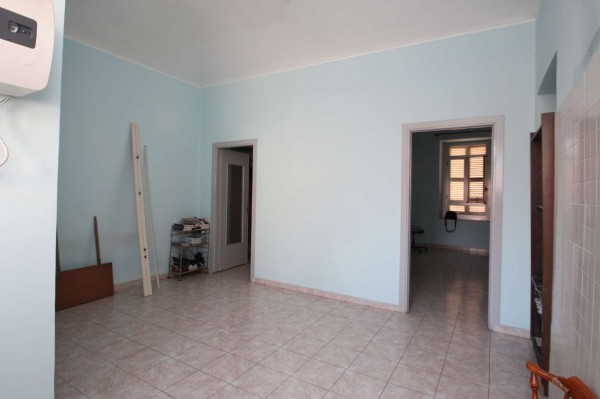 Appartamento in vendita a Torino, Rebaudengo, 60 mq