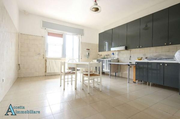 Appartamento in affitto a Taranto, Residenziale, Con giardino, 130 mq - Foto 11
