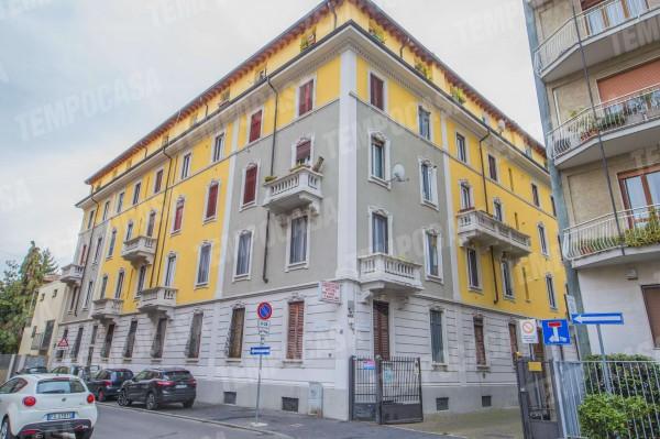 Appartamento in vendita a Milano, Affori, Con giardino, 50 mq