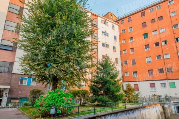 Appartamento in vendita a Milano, Affori Centro, Arredato, con giardino, 50 mq